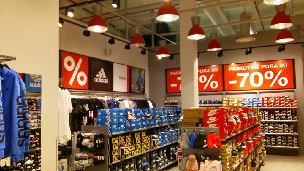 Sport Outlet parduotuvės įrengimas